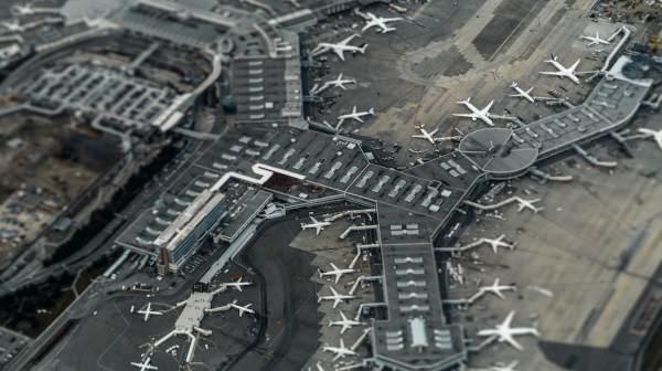Airport 1_600_336_35KB